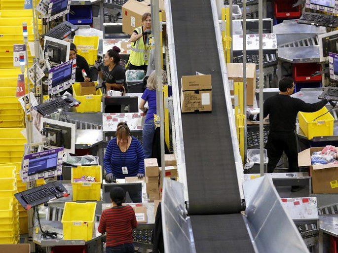 Amazon của tỷ phú Jeff Bezos chiếm lĩnh thị trường thế giới bằng cách nào? - Ảnh 8.