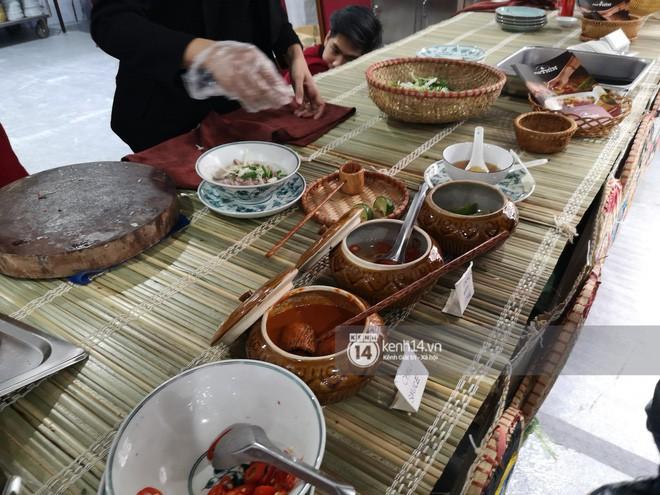 Chỉ nhìn qua vài món đãi phóng viên quốc tế thời gian Hội nghị thượng đỉnh cũng thấy ngay những địa điểm ăn uống nức tiếng Hà Nội - Ảnh 7.