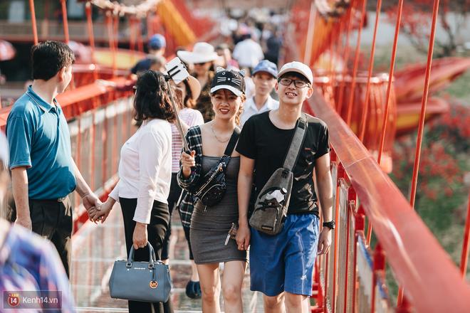 Tranh cãi xoay quanh yếu tố thẩm mỹ của cây cầu 5D đang gây sốt ở Mộc Châu: Khen đẹp thì ít nhưng chê bai sến súa, lạc lõng nhiều vô kể - Ảnh 30.
