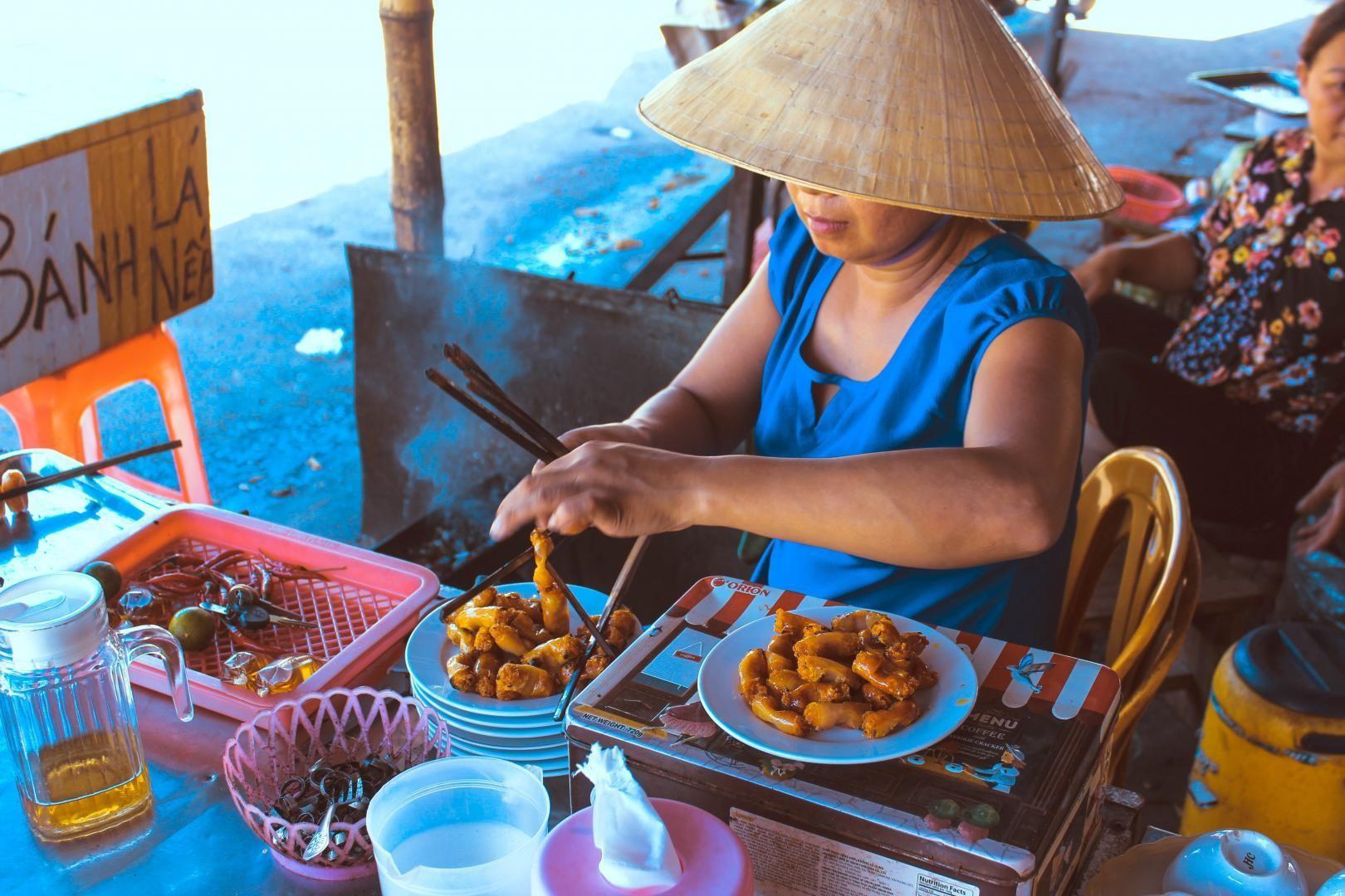 Nuông chiều khẩu vị bản thân, người tiêu dùng liệu có đang vô tình tiếp tay cho thực phẩm bẩn? - Ảnh 1.