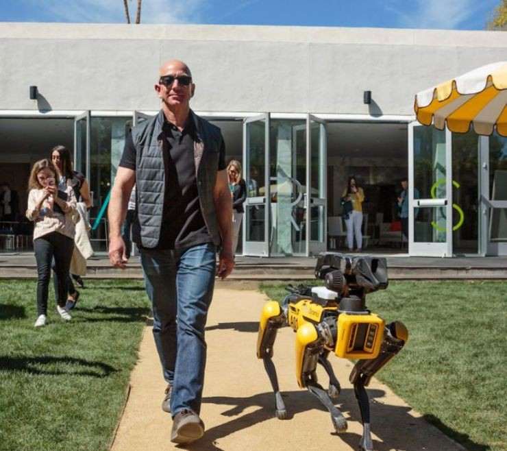 5 bài học lớn từ gã khổng lồ thương mại điện tử Amazon sau 25 năm phát triển - Ảnh 1.