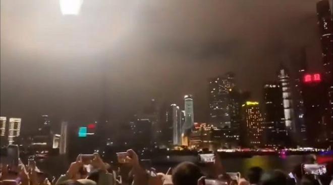 2.000 máy bay không người lái trình diễn trong đêm giao thừa ở Thượng Hải hóa ra là cú lừa của truyền thông Trung Quốc - Ảnh 3.