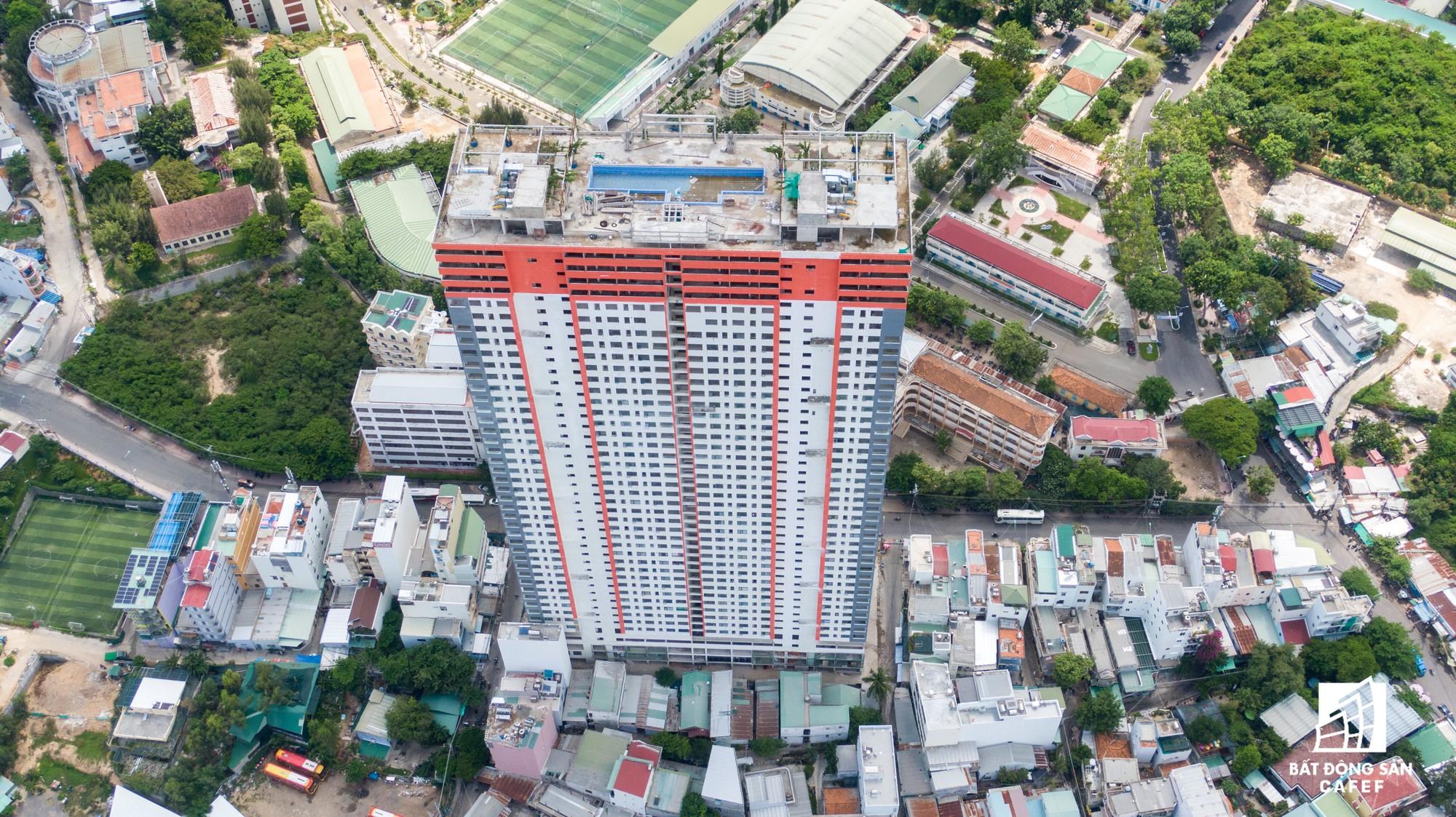 Khánh Hòa buộc dừng mua bán căn hộ tại chung cư Napoleon Casle 1 - Ảnh 1.