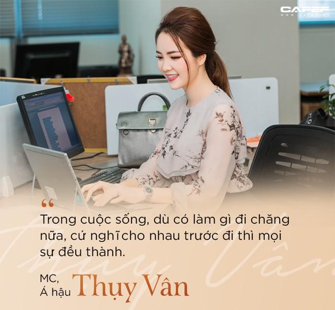 """MC, Á hậu Thụy Vân: Khi tôi khởi nghiệp, ông xã nói đùa """"Kinh doanh kiếm ra tiền còn khó hơn cả đạt giải Nobel"""" - Ảnh 5."""