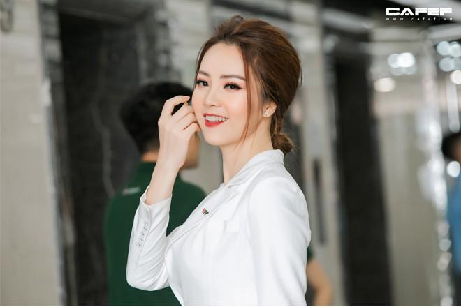 """MC, Á hậu Thụy Vân: Khi tôi khởi nghiệp, ông xã nói đùa """"Kinh doanh kiếm ra tiền còn khó hơn cả đạt giải Nobel"""" - Ảnh 9."""