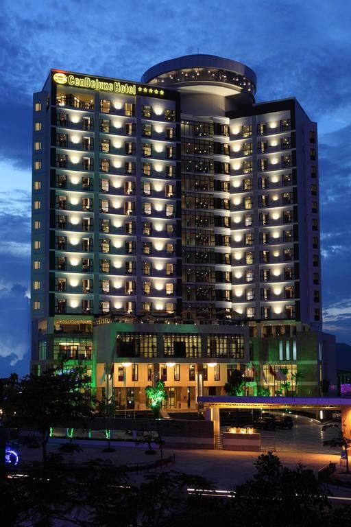 Bà chủ khách sạn cao nhất Phú Yên vừa được rao bán 500 tỷ đồng là ai? - Ảnh 2.