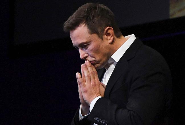Góc khuất đau đớn của tỷ phú chơi ngông Elon Musk: Ám ảnh vì công việc, đối mặt chứng bệnh tâm thần và một cuộc sống cô độc - Ảnh 1.