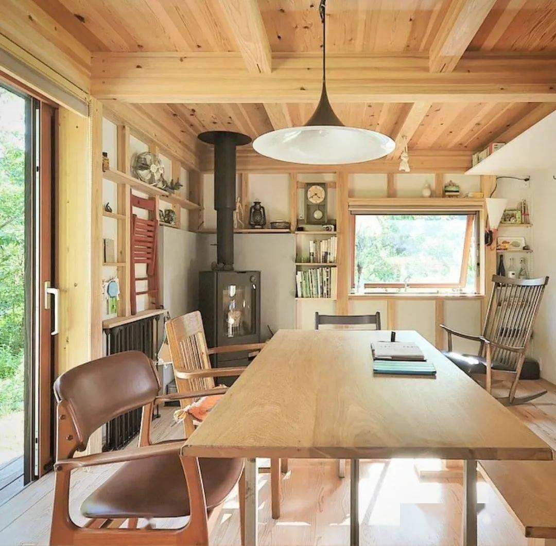 Bỏ phố về vùng nông thôn, gia đình 5 người biến cuộc sống trong ngôi nhà gỗ thành thiên đường ai cũng ước mơ - Ảnh 6.