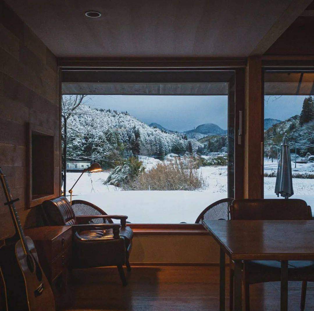 Bỏ phố về vùng nông thôn, gia đình 5 người biến cuộc sống trong ngôi nhà gỗ thành thiên đường ai cũng ước mơ - Ảnh 9.