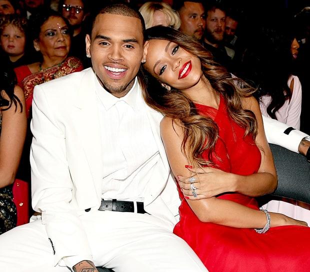 Tỷ phú đô la ở tuổi 33 - Rihanna: Tuổi thơ cùng cực, vụt sáng thành sao nhưng đi hát bao năm cũng không kiếm khủng bằng buôn mỹ phẩm, đồ lót và tậu bất động sản - Ảnh 6.