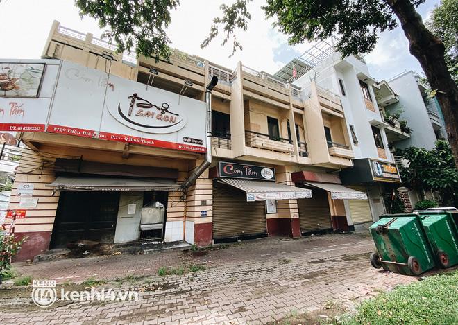 Ảnh: Nhiều quán cafe nổi tiếng, cơm tấm Sài Gòn vẫn trong tình trạng ngủ đông dù được bán mang về - Ảnh 16.