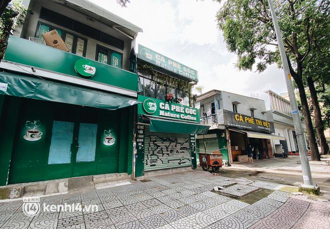 Ảnh: Nhiều quán cafe nổi tiếng, cơm tấm Sài Gòn vẫn trong tình trạng ngủ đông dù được bán mang về - Ảnh 5.