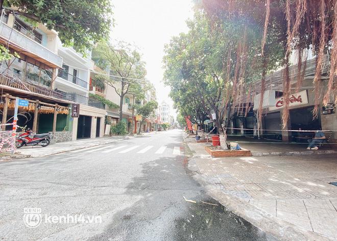 Ảnh: Nhiều quán cafe nổi tiếng, cơm tấm Sài Gòn vẫn trong tình trạng ngủ đông dù được bán mang về - Ảnh 10.