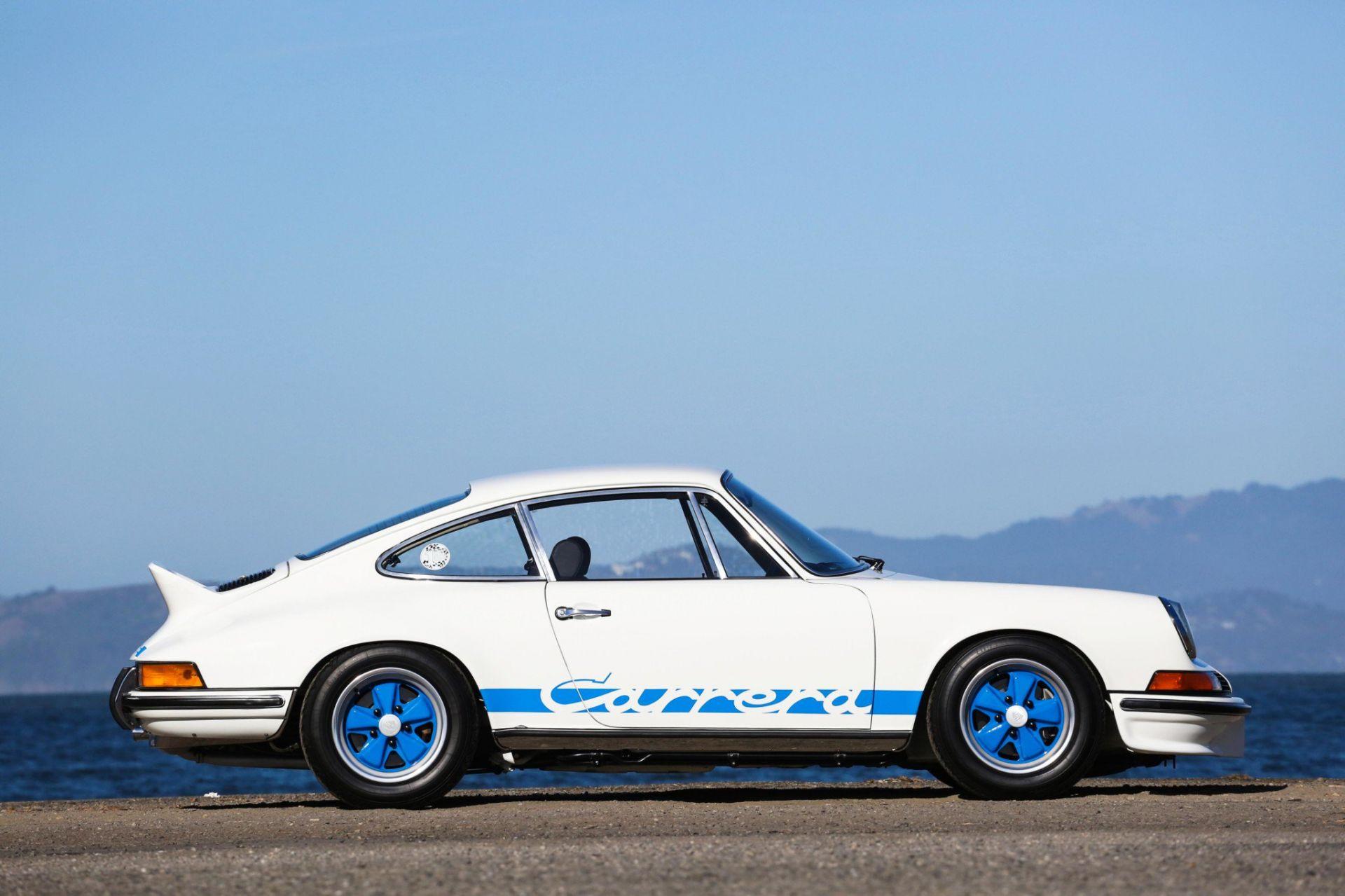 Thiết kế bên hông xe Porsche 911 Carrera RS 2.7 1973