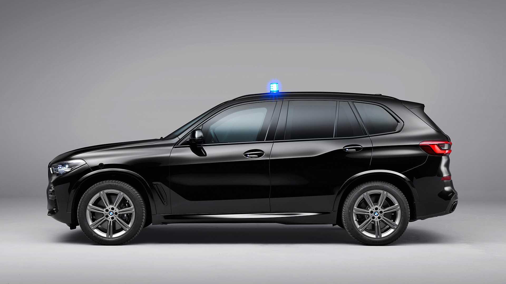 Thiết kế bên hông xe BMW Protection VR6