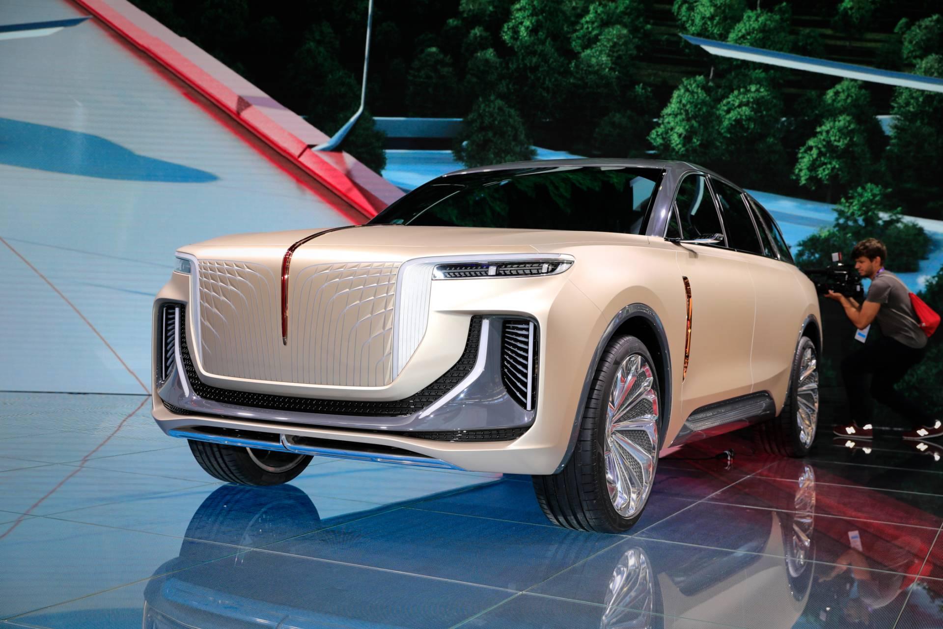 Concept SUV chạy điện hoàn toàn của Hongqi