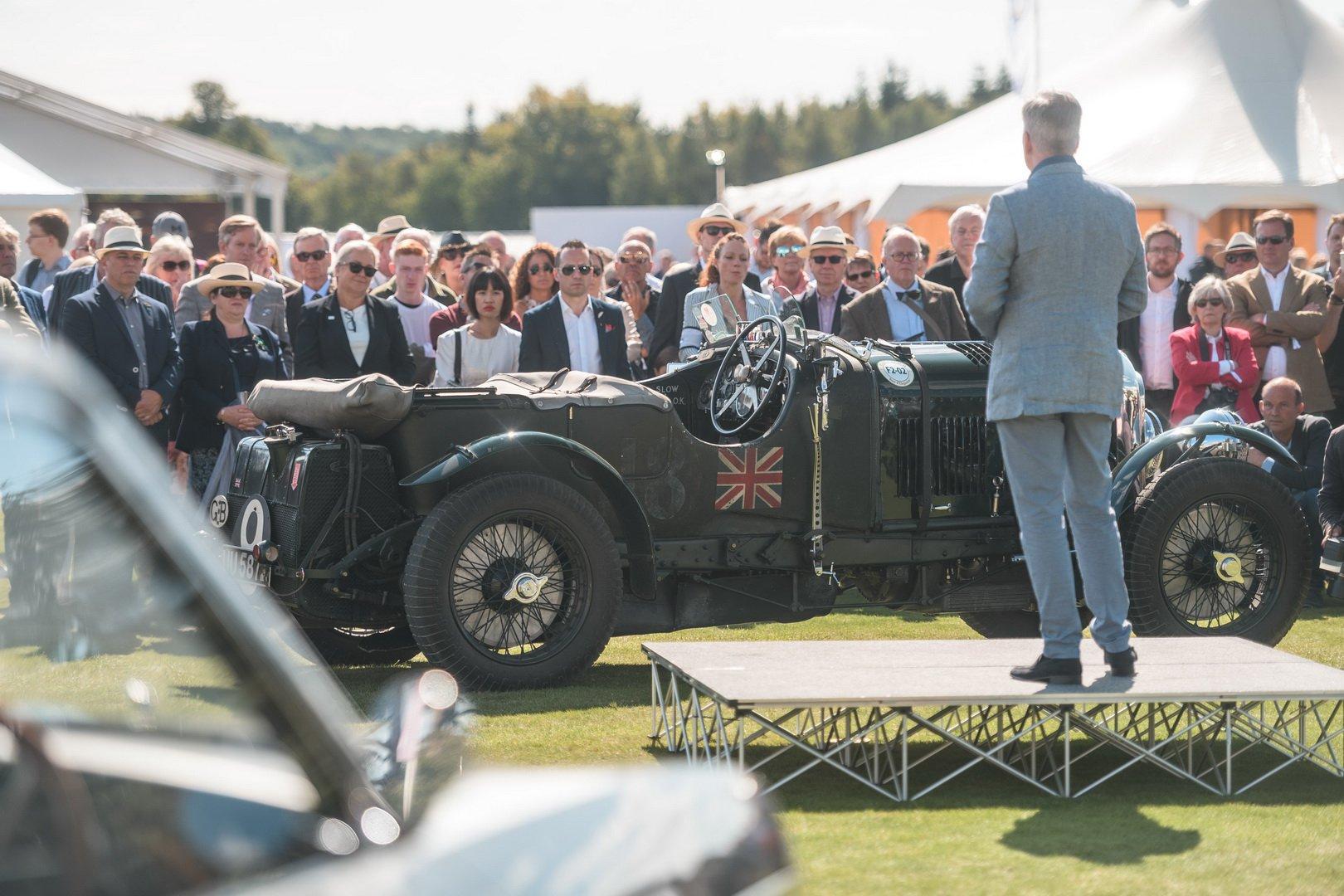 Xe Bentley Corniche 1939 tại sự kiện