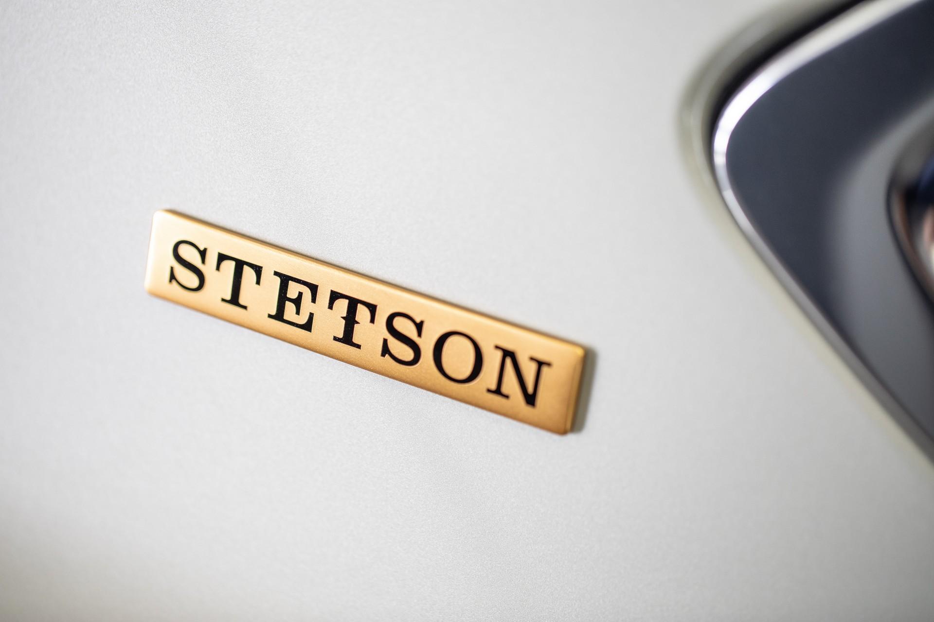 Logo Stetson trên Bentley Bentayga phiên bản cao bồi