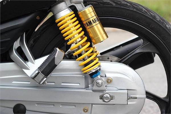 Dấu hiệu cho thấy cần phải thay giảm xóc xe máy