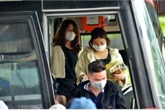 Di chuyển bằng taxi, ô tô có nguy cơ lây nhiễm virus corona như thế nào?