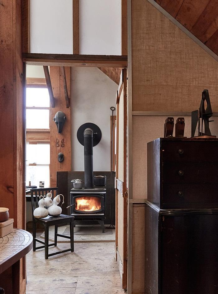 Chuồng bò được cải tạo thành ngôi nhà đẹp thơ mộng - 5