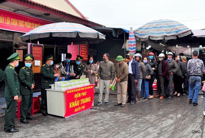 Ảnh: Hai chợ sầm uất nhất Móng Cái đóng cửa, gần 1.000 hộ ngừng kinh doanh - 4