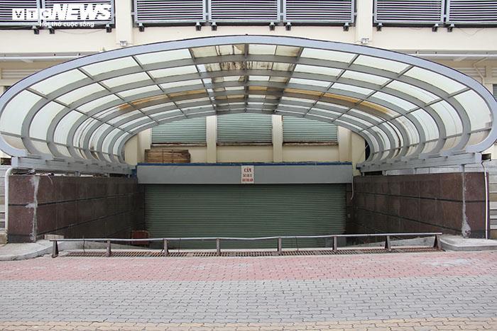 Ảnh: Hai chợ sầm uất nhất Móng Cái đóng cửa, gần 1.000 hộ ngừng kinh doanh - 3