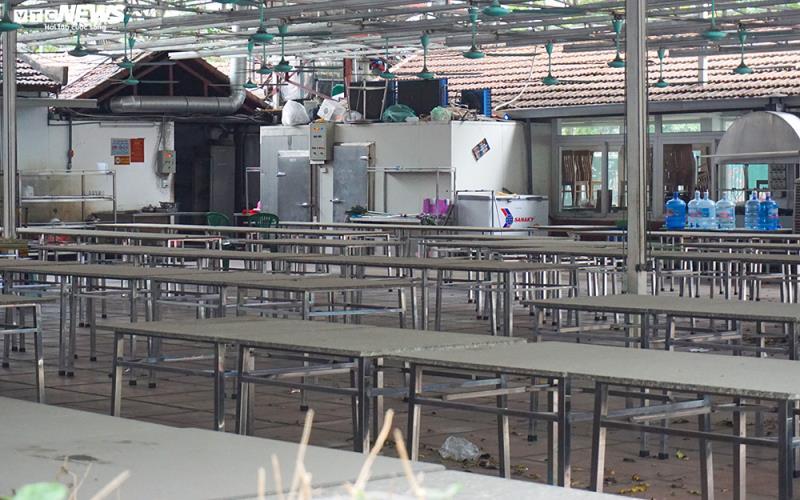 Hậu Nghị định 100 và Covid-19: Nhiều quán bia lớn ở Hà Nội đóng cửa - 4