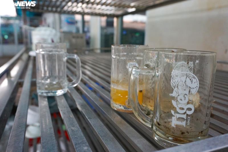 Hậu Nghị định 100 và Covid-19: Nhiều quán bia lớn ở Hà Nội đóng cửa - 8