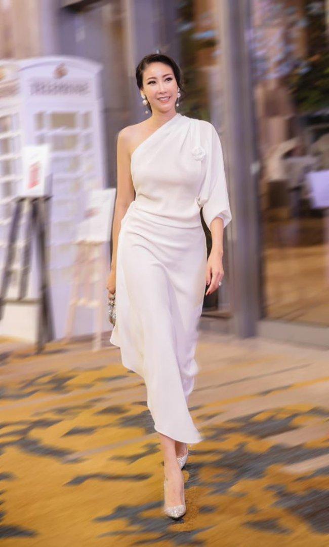 Hà Kiều Anh được mệnh danh là một trong những Hoa hậu giàu nhất Việt Nam khi cùng chồng quản lý khối tài sản nghìn tỷ.