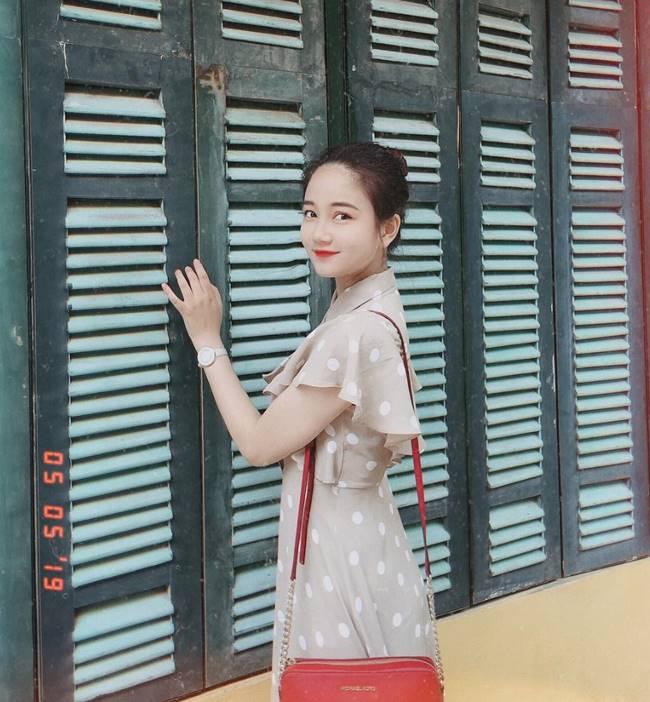 Phương Lan (sinh năm 1997), đăng quang Hoa khôi Sinh viên Việt Nam 2018 khi đang là sinh viên năm 3 khoa Luật Kinh tế của trường ĐH Luật - Huế.