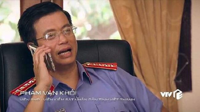 Cũng được giới thiệu là Phạm Văn Khôi.