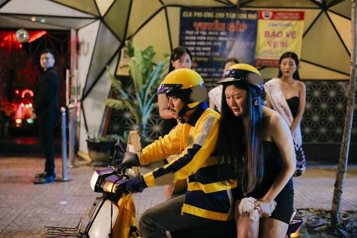 Phim 4 tỷ đạt kỷ lục thế giới của Trấn Thành bất ngờ bị phát hiện loạt sạn khó đỡ - 1