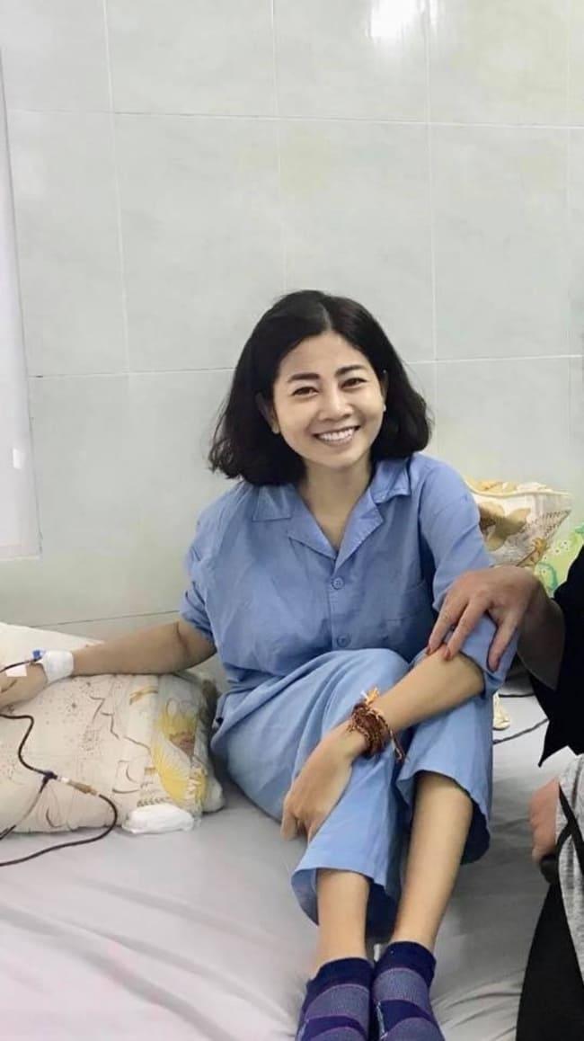 Tuy phải chịu đau đớn trên giường bệnh, Mai Phương luôn thể hiện năng lượng tích cực, suy nghĩ lạc quan khi được mọi người hỏi thăm.