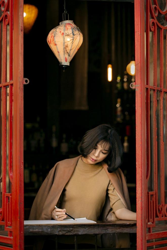 Vợ 8X xinh như hoa hậu của giám đốc VTV24 Quang Minh hé lộ quá khứ ít người biết - 11