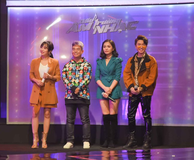 Trong thời gian gần đây, Bé Châu - Nguyễn Huy cũng xuất hiện trong nhiều chương trình truyền hình và nhận được sự quan tâm của khán giả.