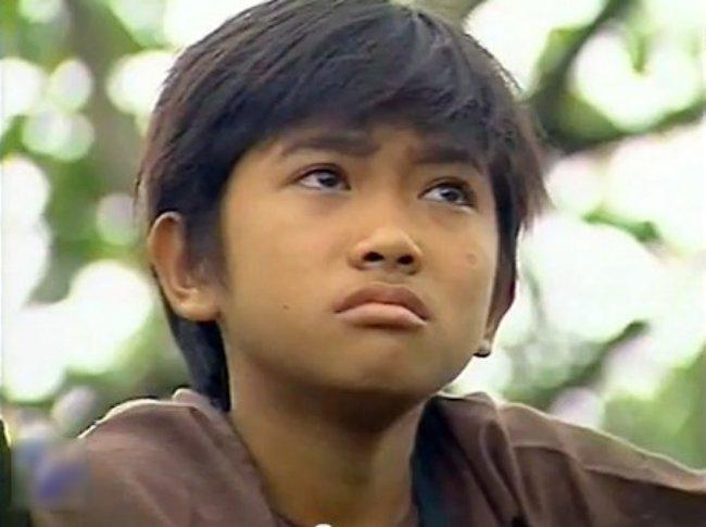 """Nổi tiếng từ """"Đất phương Nam"""" cùng Hùng Thuận, Phùng Ngọc – diễn viên đảm nhận vai """"thằng Cò"""" còn có cuộc sống vất vả, cơ cực hơn."""