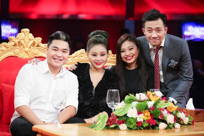 Trấn Thành và gia đình Lê Giang ngoài đời rất thân thiết với nhau.