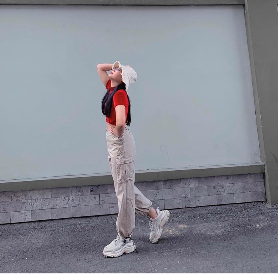 17 tuổi, Phương Mỹ Chi dùng túi hiệu, giày hiệu hơn 20 triệu đồng - 3