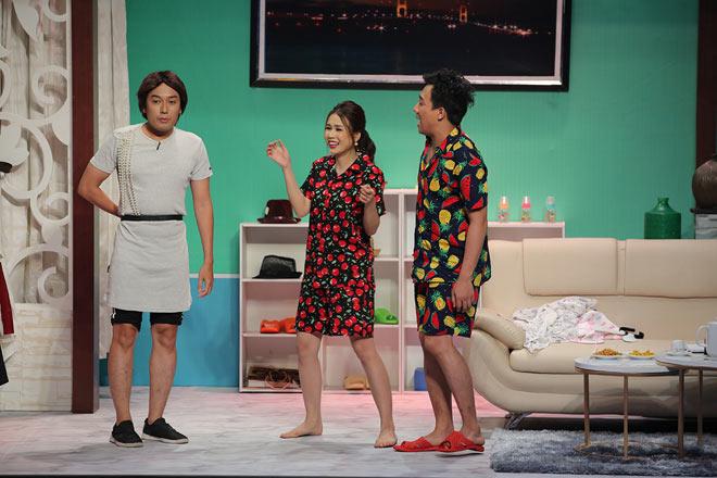 Mỹ nhân Việt sở hữu 50 tỷ tuột váy thành đồ ngủ trong trên truyền hình - 3