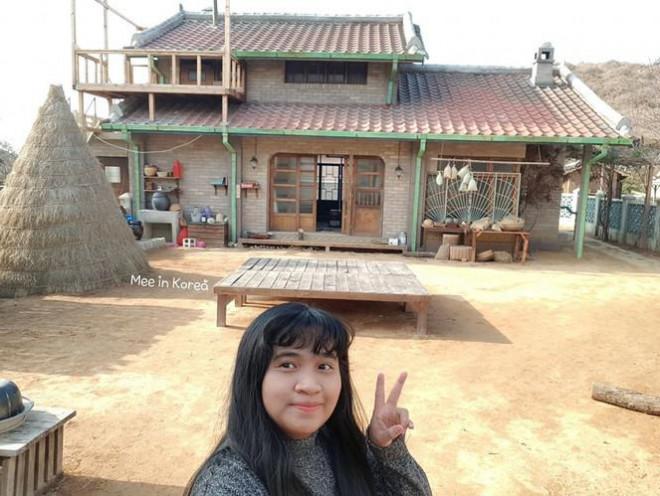 Giới trẻ check-in ngôi làng Triều Tiên mộc mạc trong 'Hạ cánh nơi anh' - 2