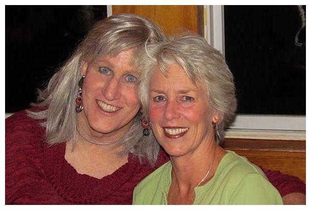 24 năm hạnh phúc của người vợ ủng hộ chồng chuyển giới thành phụ nữ - 2
