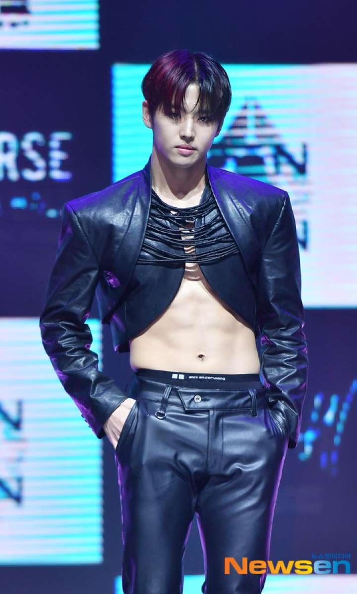 Gặp lỗi mặc nhạy cảm với quần bó chẽn như đàn ông Hàn, xử lý ra sao? - 7