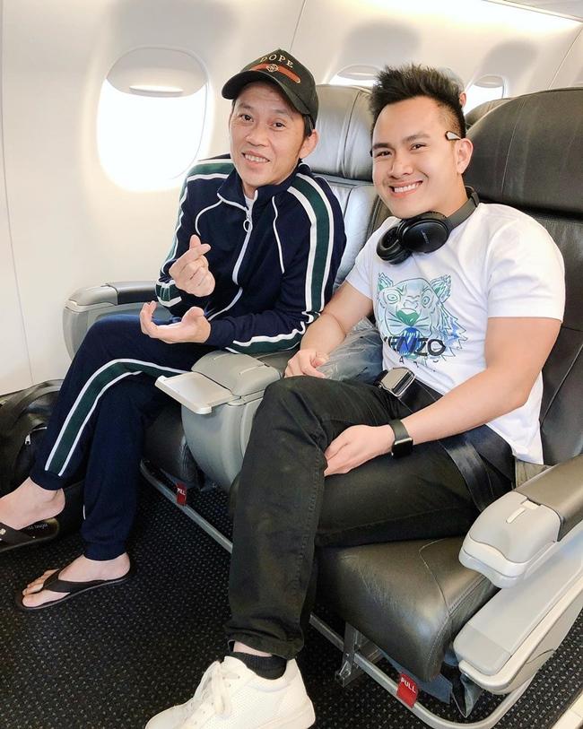 Võ Lê Thành Vinh là con trai danh hài Hoài Linh. Dù không hoạt động nghệ thuật, song cuộc sống của anh được dư luận quan tâm hết mực. Năm 2017, Thành Vinh được hãng hàng không American Airlines nhận vào làm việc ở vị trí kỹ sư.