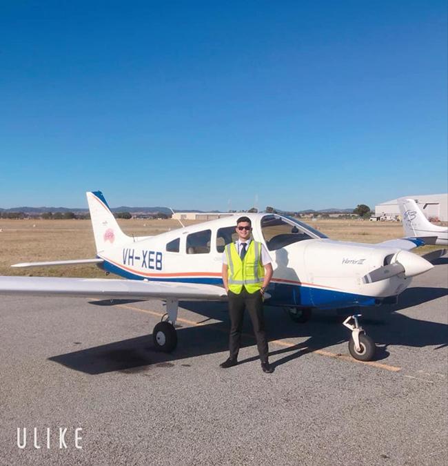 Lê Hồng Phúc đang học năm cuối ngành hàng không ở Úc.