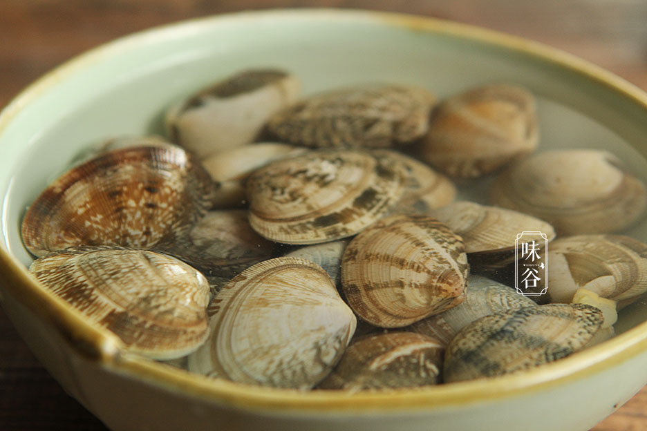 Bỏ qua chiên hay luộc, trứng hấp với loại hải sản này khiến cả nhà thi nhau gắp - 2