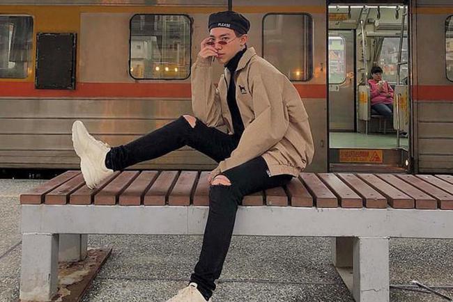 Nam ca sĩ chỉn chu trong các MV ca nhạc, đồng thời với thời trang đời thường của bản thân cũng rất sáng tạo.