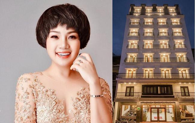 Nữ ca sĩ Ngọc Khuê mới đây gây bất ngờ khi rao bán khách sạn với gia 110 tỷ đồng. Nhiều người không khỏi ngỡ ngàng vì độ giàu có của cô.