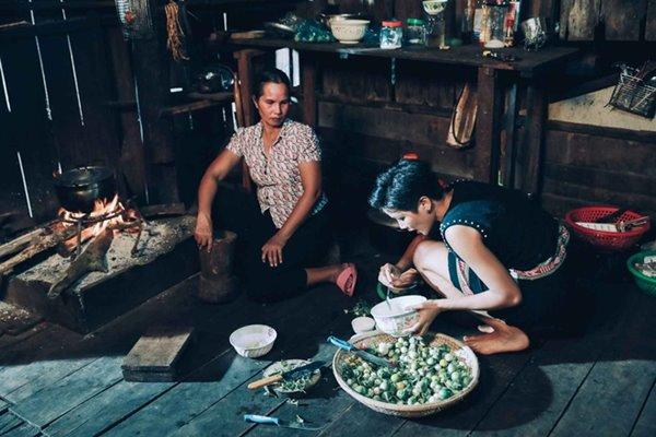 Bất ngờ trước ngôi nhà sàn dài 41m ở Đắk Lắk của hoa hậu H'Hen Niê - 2