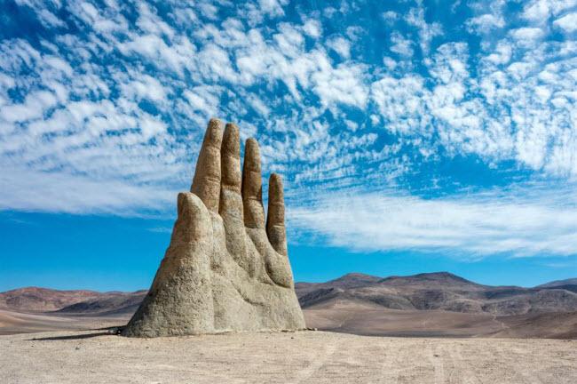 Những kỳ quan ẩn náu giữa sa mạc khắp thế giới - 17